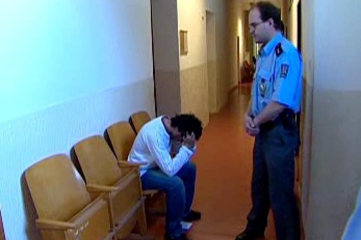 Obviněný recidivista
