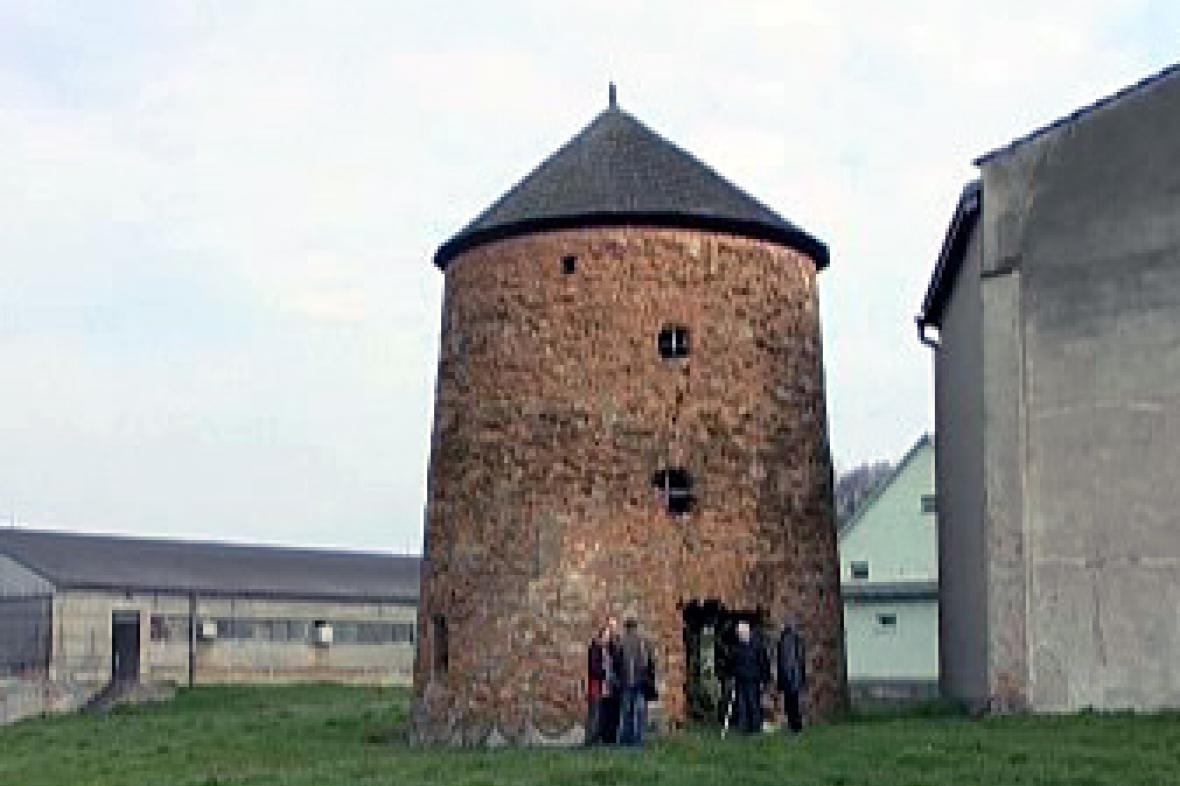 Větrný mlýn v Porubě