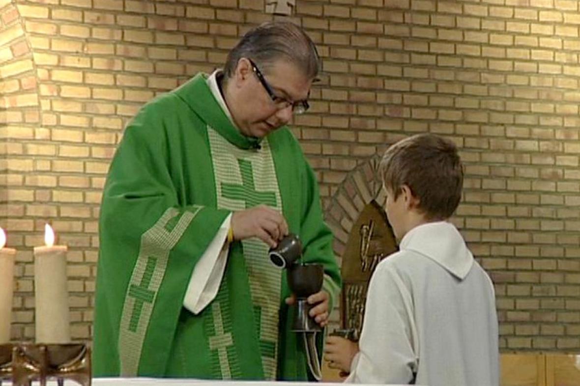 Katolický kněží