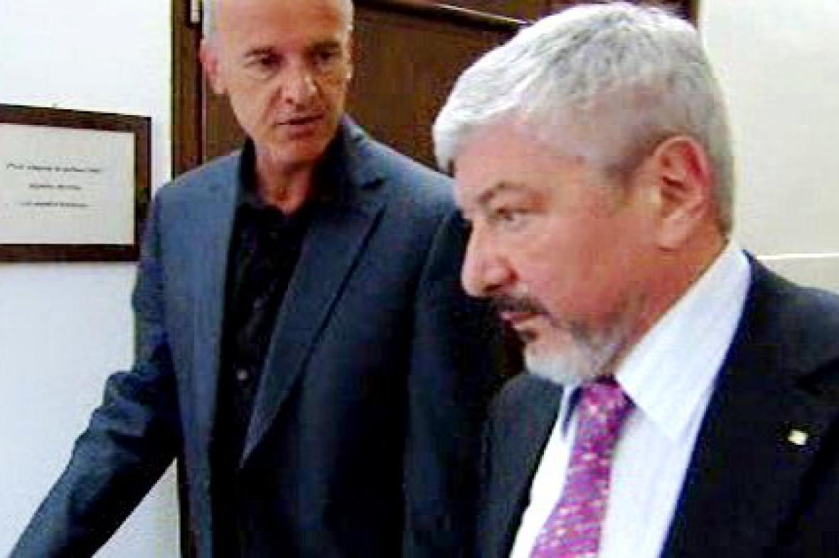 Vladimír Železný odchází od soudu