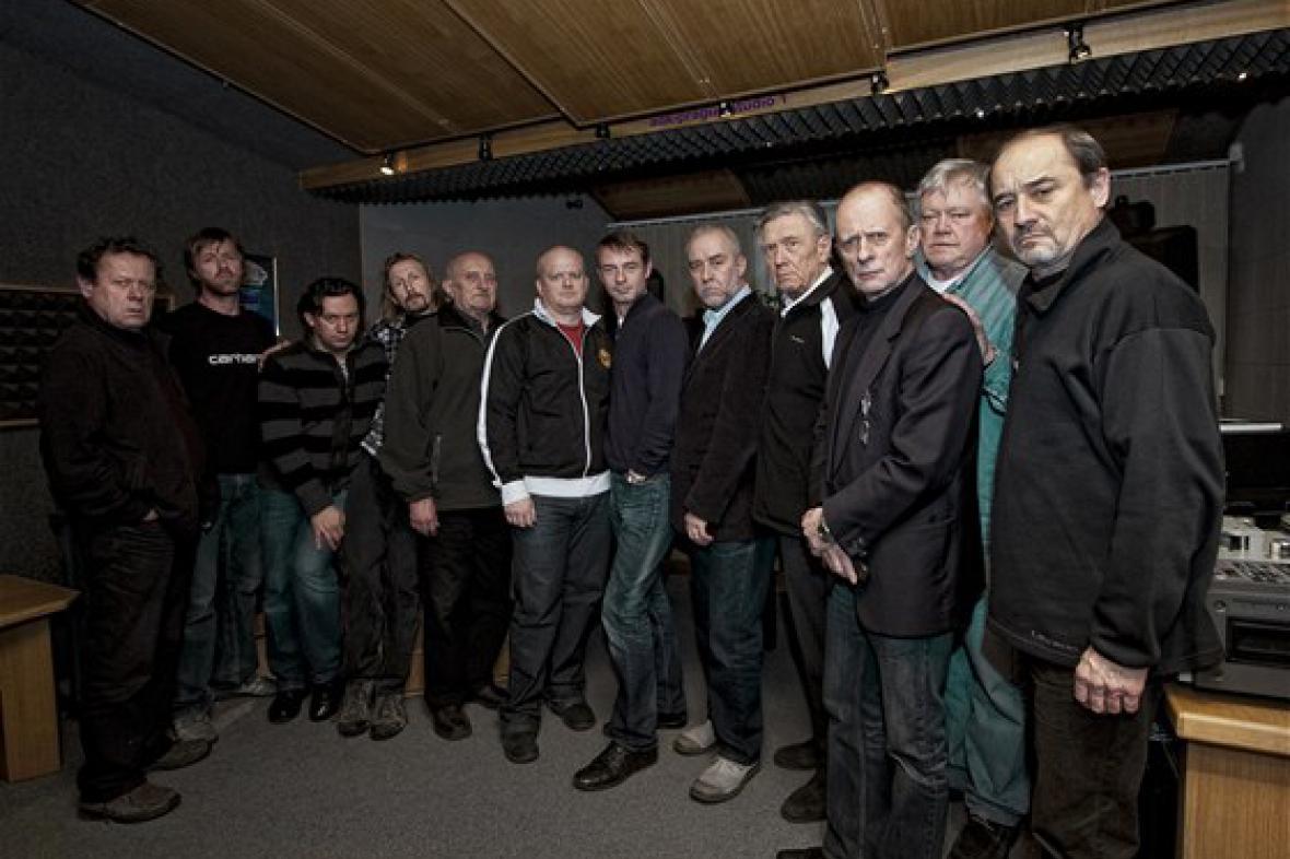 Nahrávka audioknihy Dvanáct rozhněvaných mužů