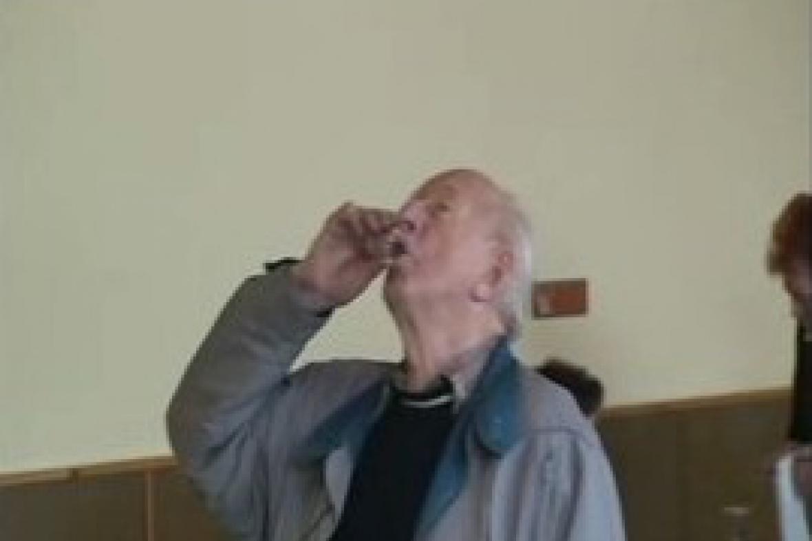 Košt slivovice v Loučce na Valašsku