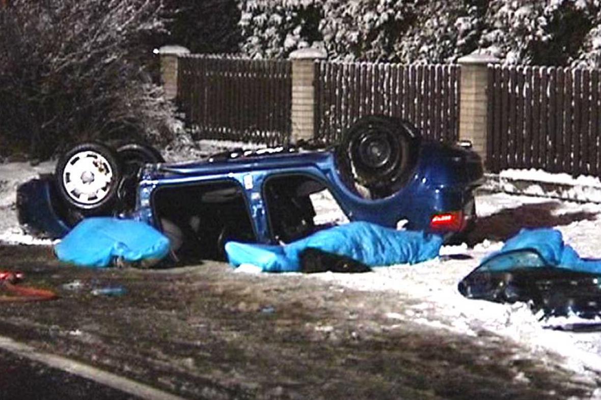 Při nehodě zahynuli tři lidé
