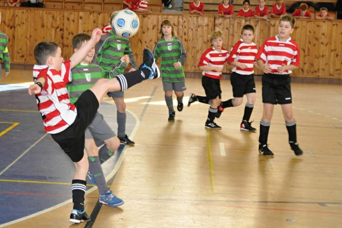 Fotbalový turnaj v Lounech