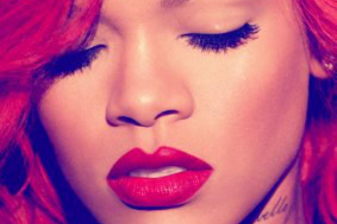 Rihanna / Load