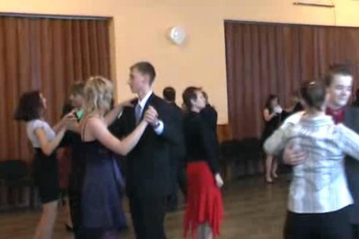 Kurzy společenského tance a chování v Poběžovicích