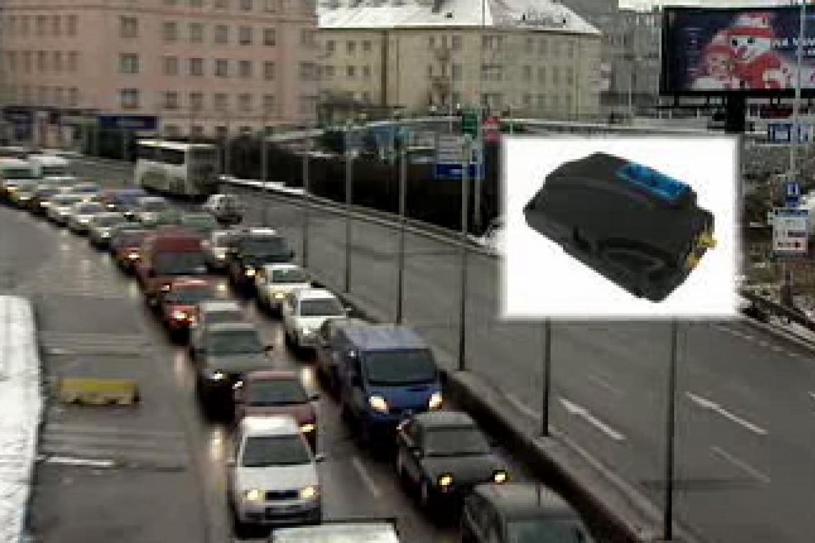 Sledovací zařízení pro pohyb aut