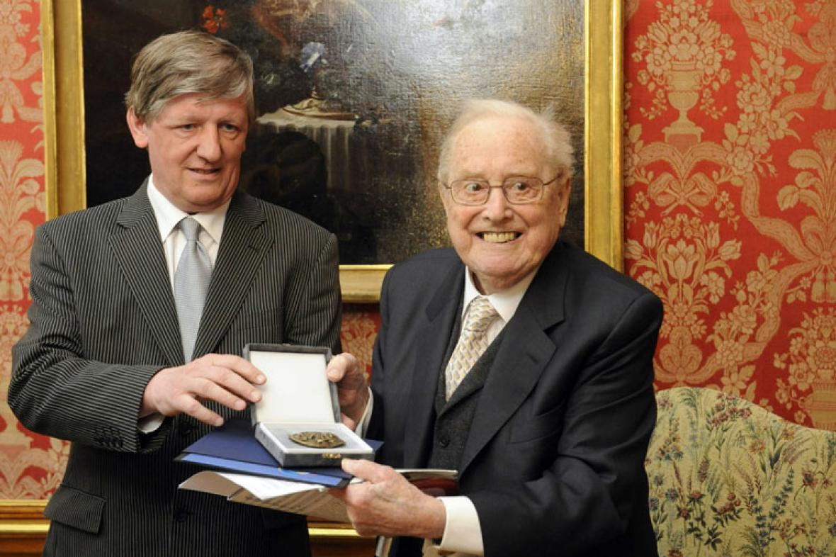 Sir Charles Mackerras a Václav Riedlbauch