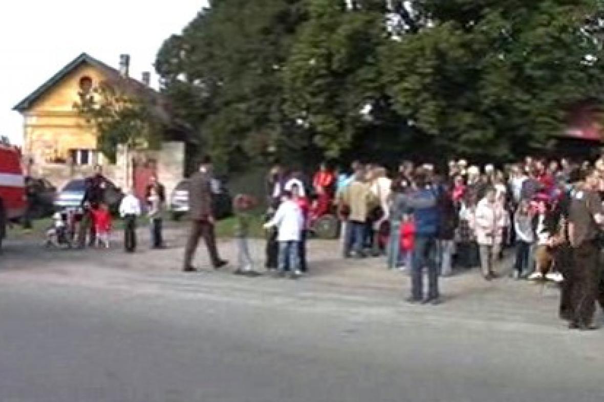 Lidé v Ratenicích slaví výročí založení obce