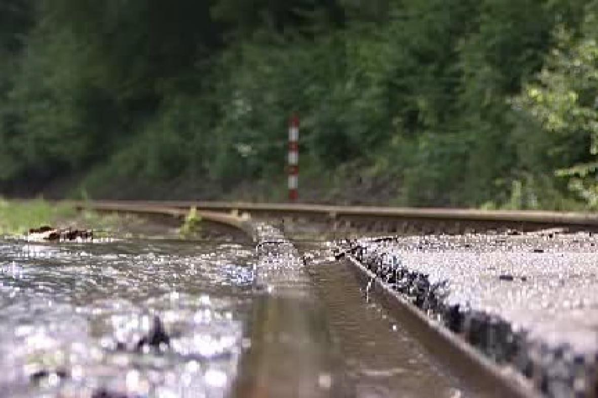Železnice pod vodou