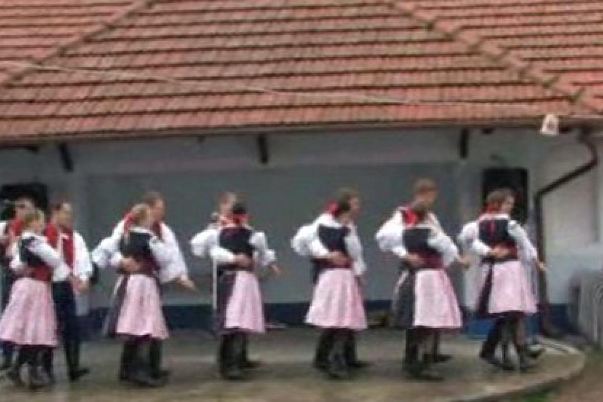 Tanečnice při vystoupení