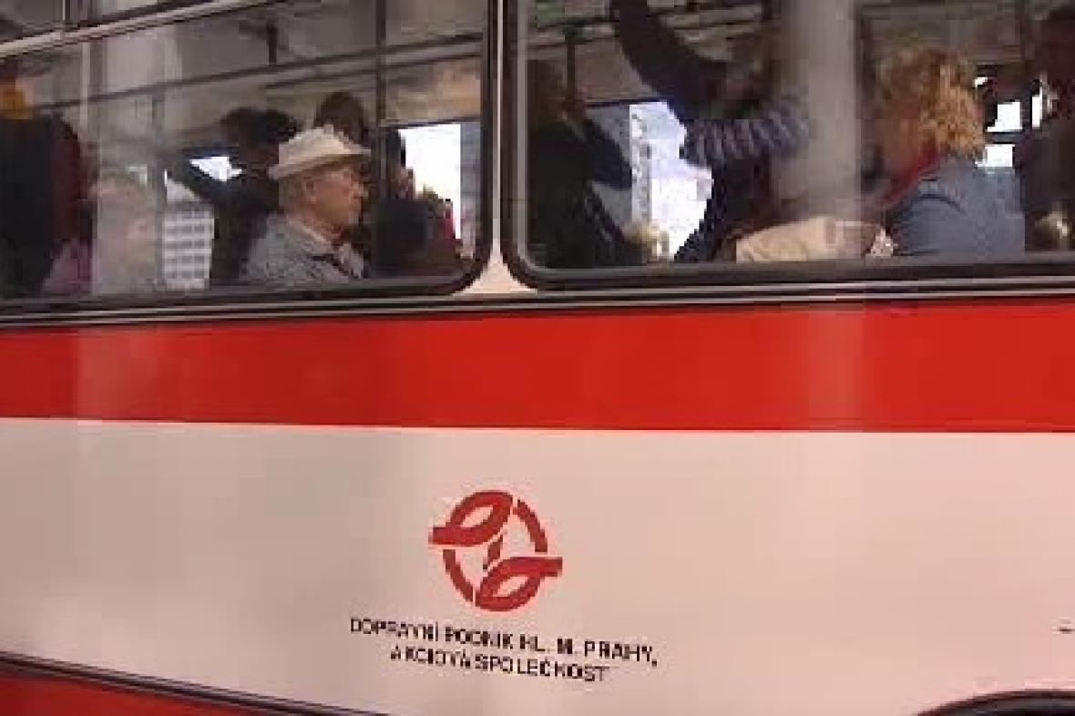 Autobus pražského dopravního podniku