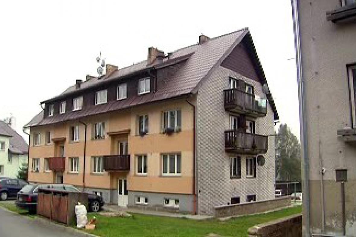 Bytový dům ve Strážném