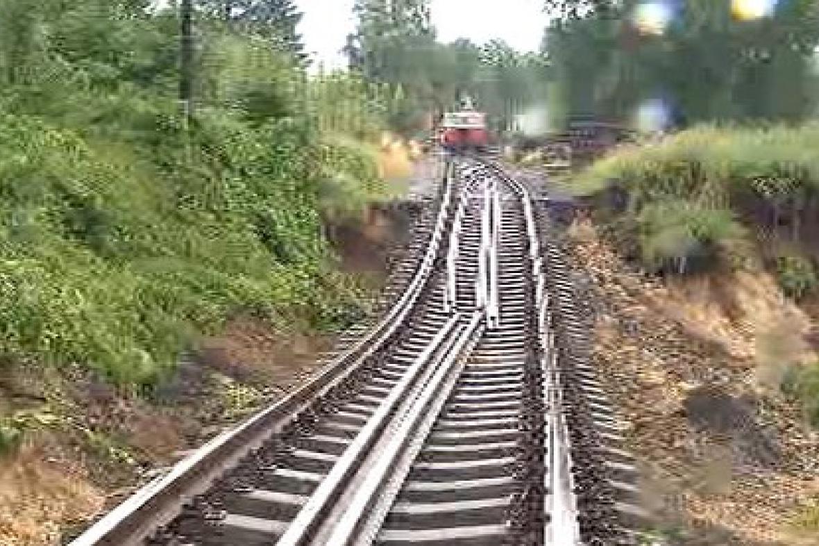 Poničená železnice v Chrastavě