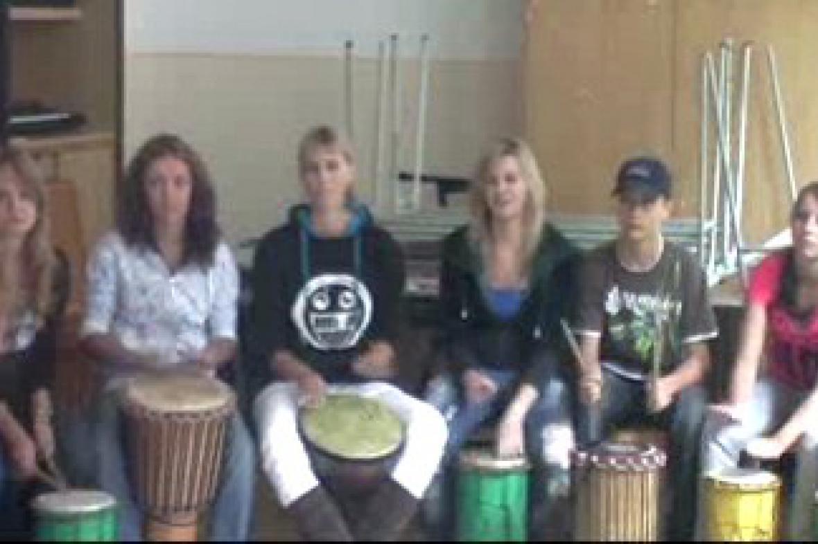 Bubnování studentů Gymnázia Frýdlant