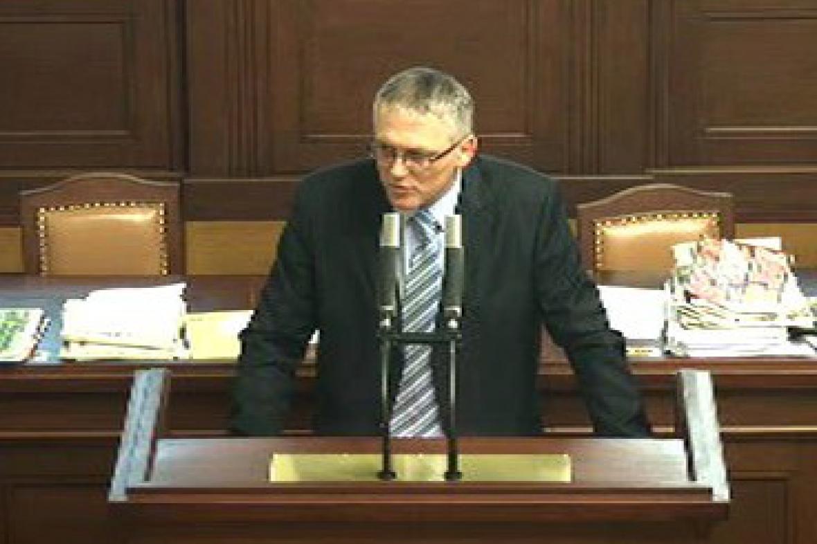Vykroužkovaný poslanec Pavel Severa