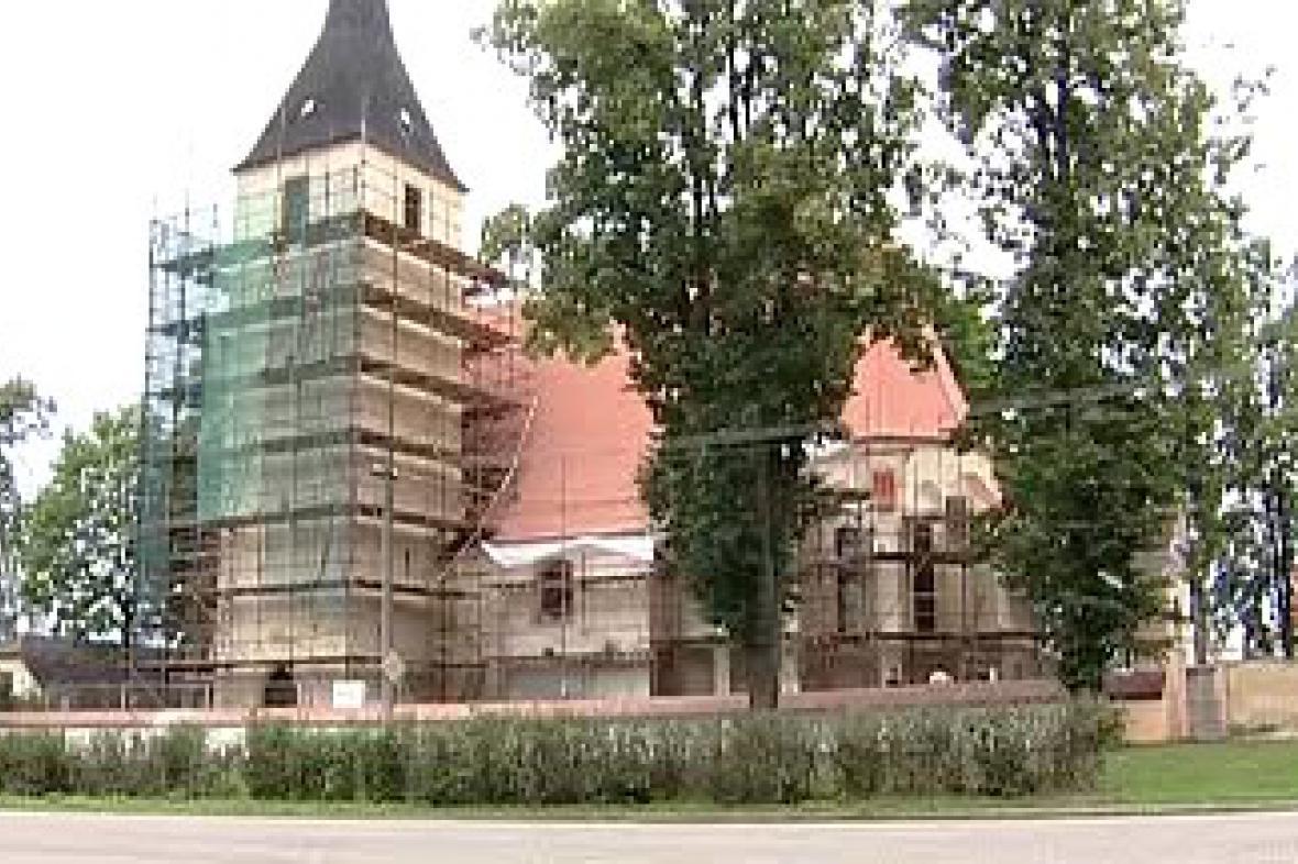Opravy kostela v Mladošovicích