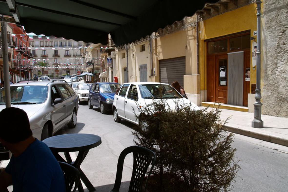Potkala jsem Sicílii / Svatý potkávací rituál