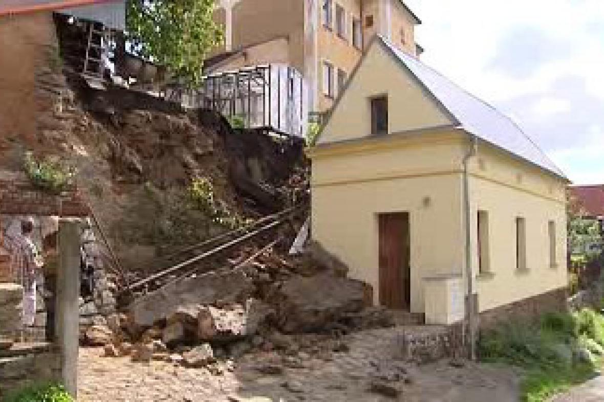Zavalený domek ve Stříbře