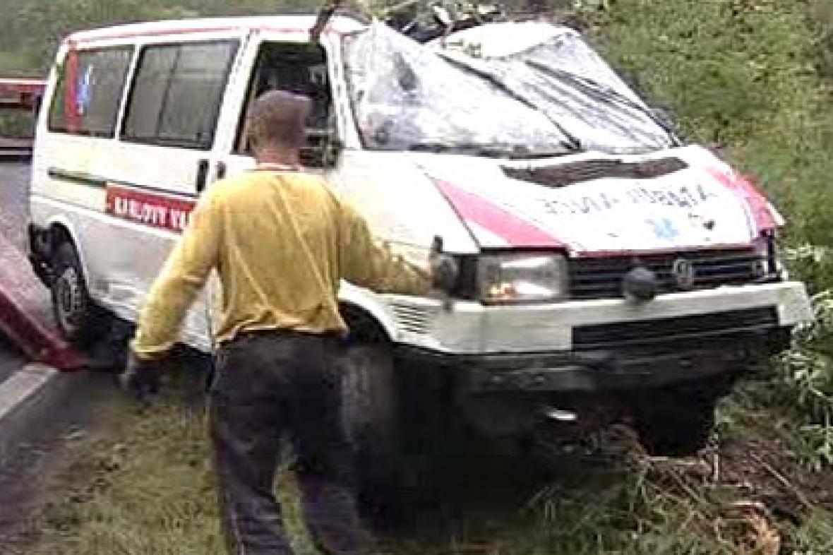 Sanitka po nehodě