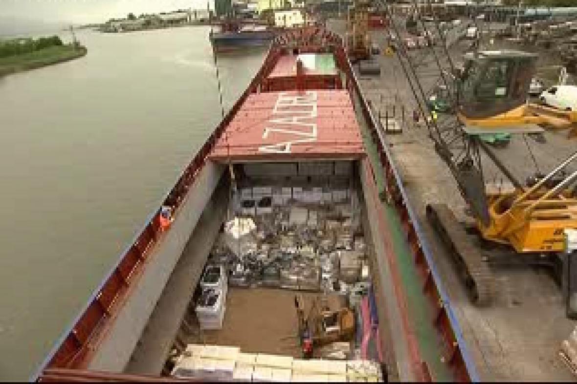 Humanitární náklad na palubě Rachel Corrie