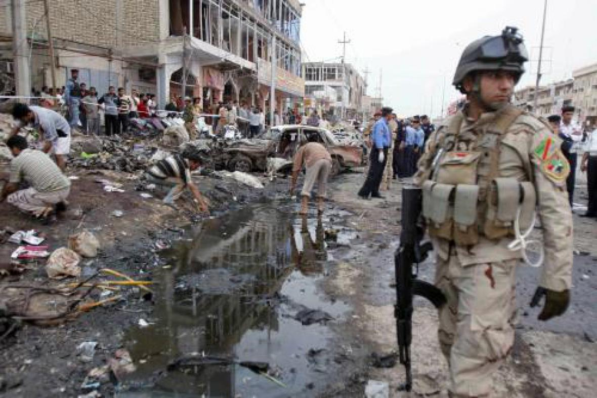 Následky atentátu v Iráku