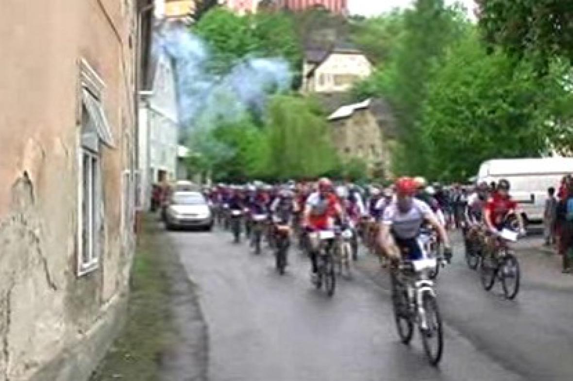 Cyklisté v Javorníku vyjíždějí na trať