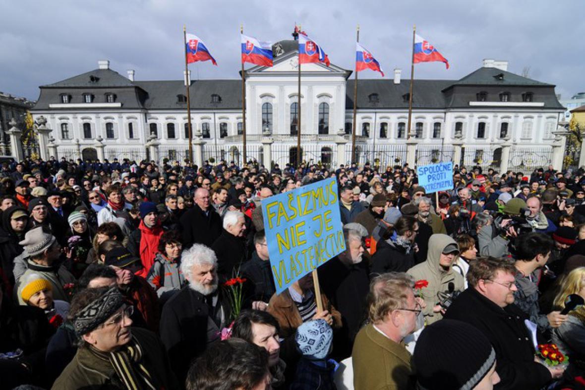 Protifašistická demonstrace v Bratislavě