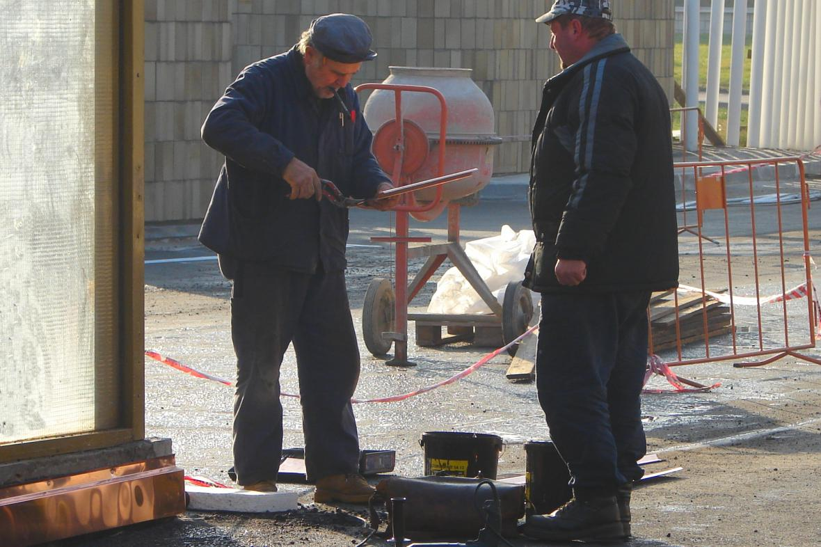 Dělníci při práci