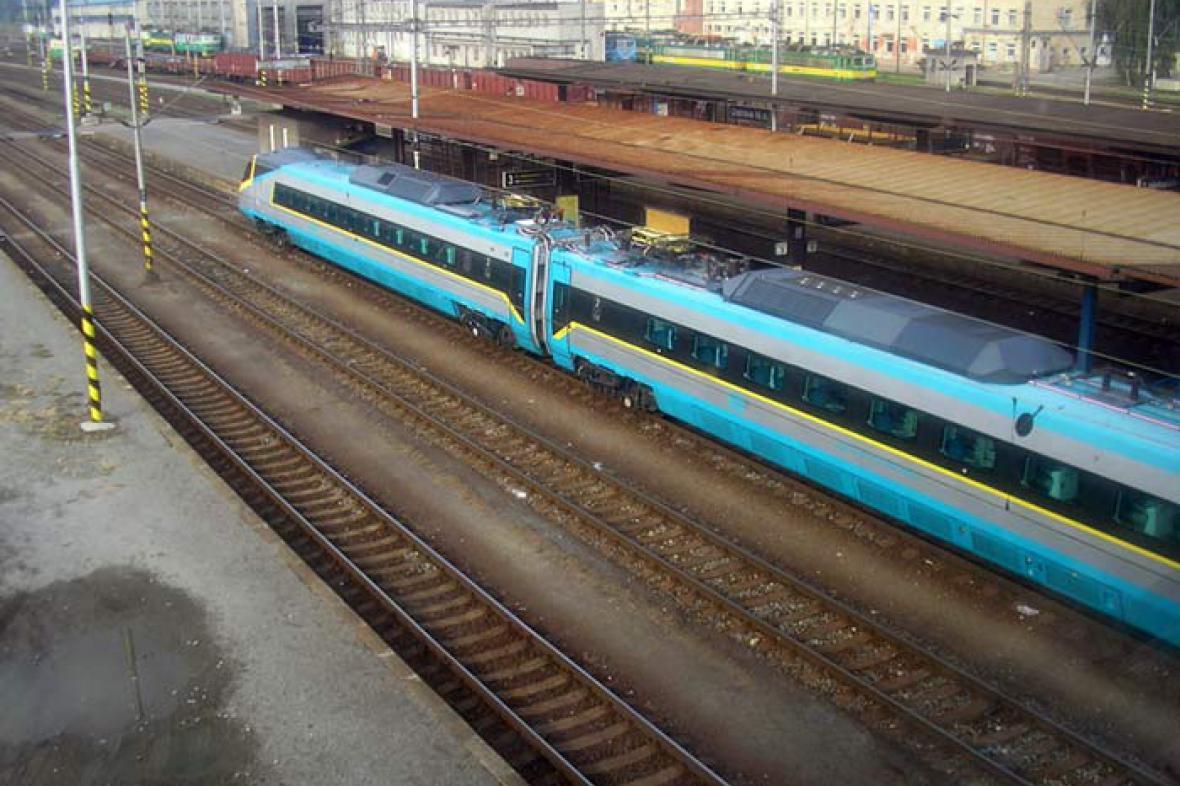 Rychlovlak SC Pendolino na nádraží