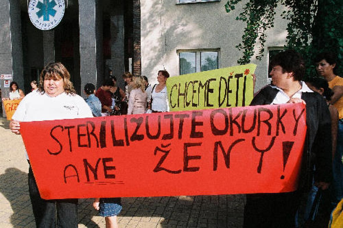 Protest romských žen (2006)