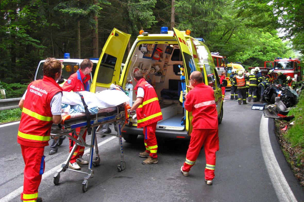 Zdravotníci u nehody