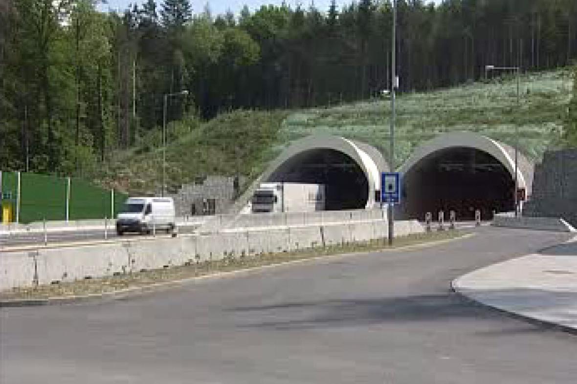 Dálniční tunel