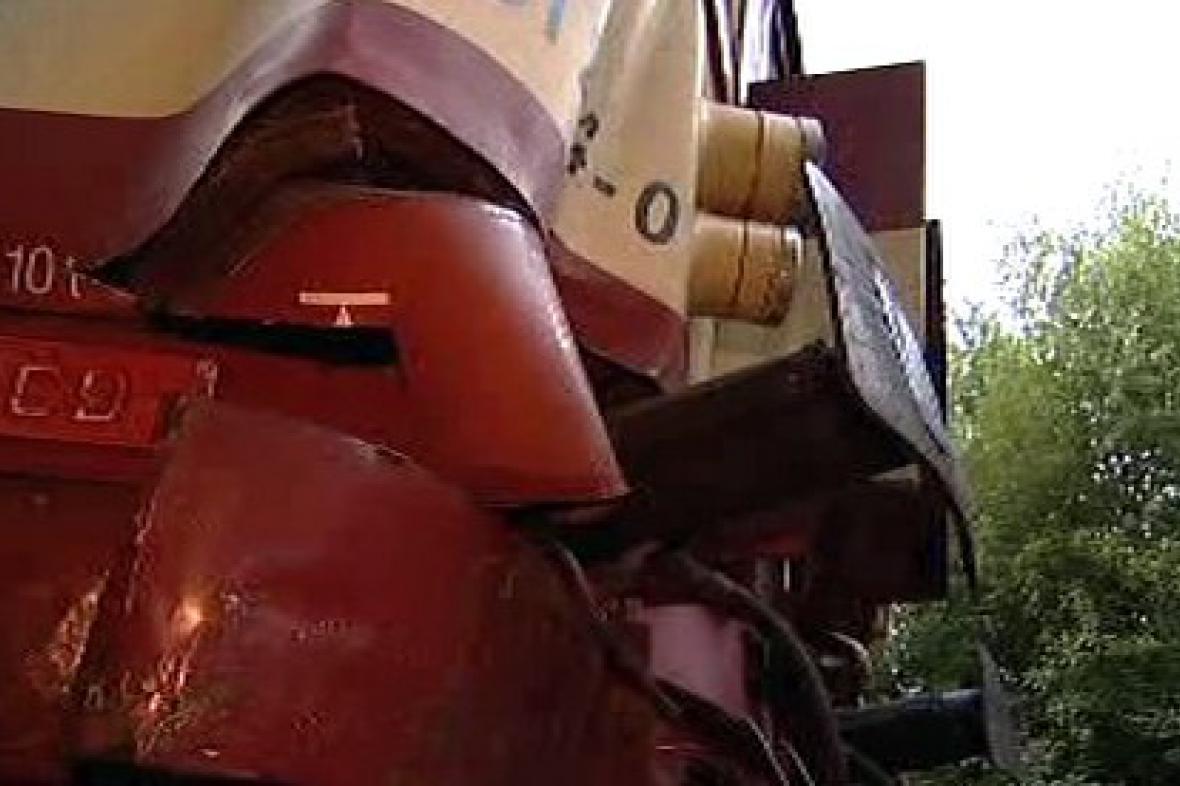 Motorový vlak po nehodě