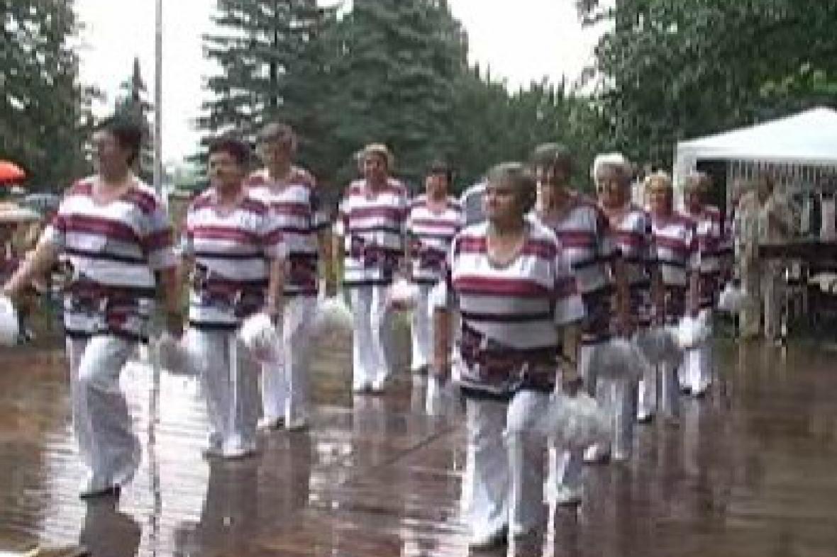 Taneční skupina seniorek