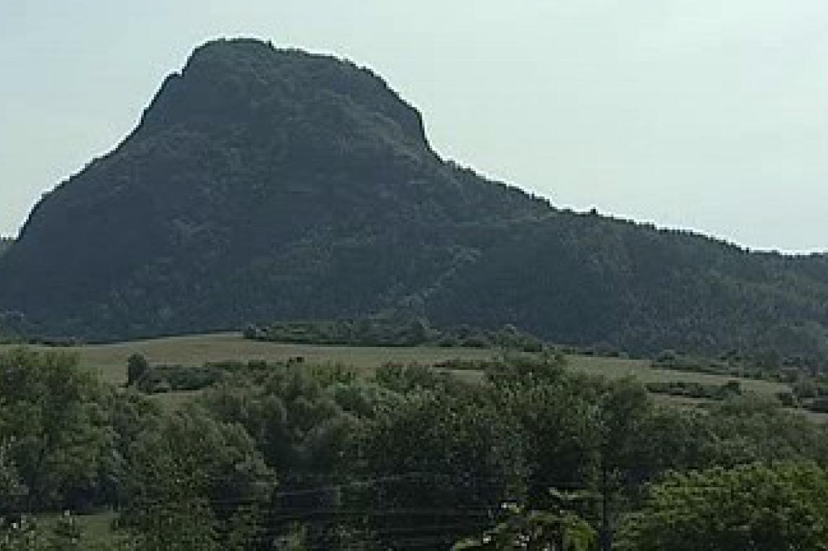 Bořeň