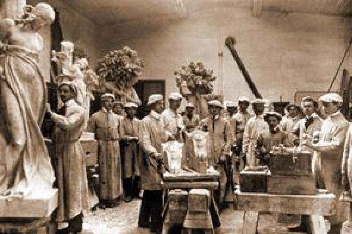 Sochařství má v Hořicích tradici