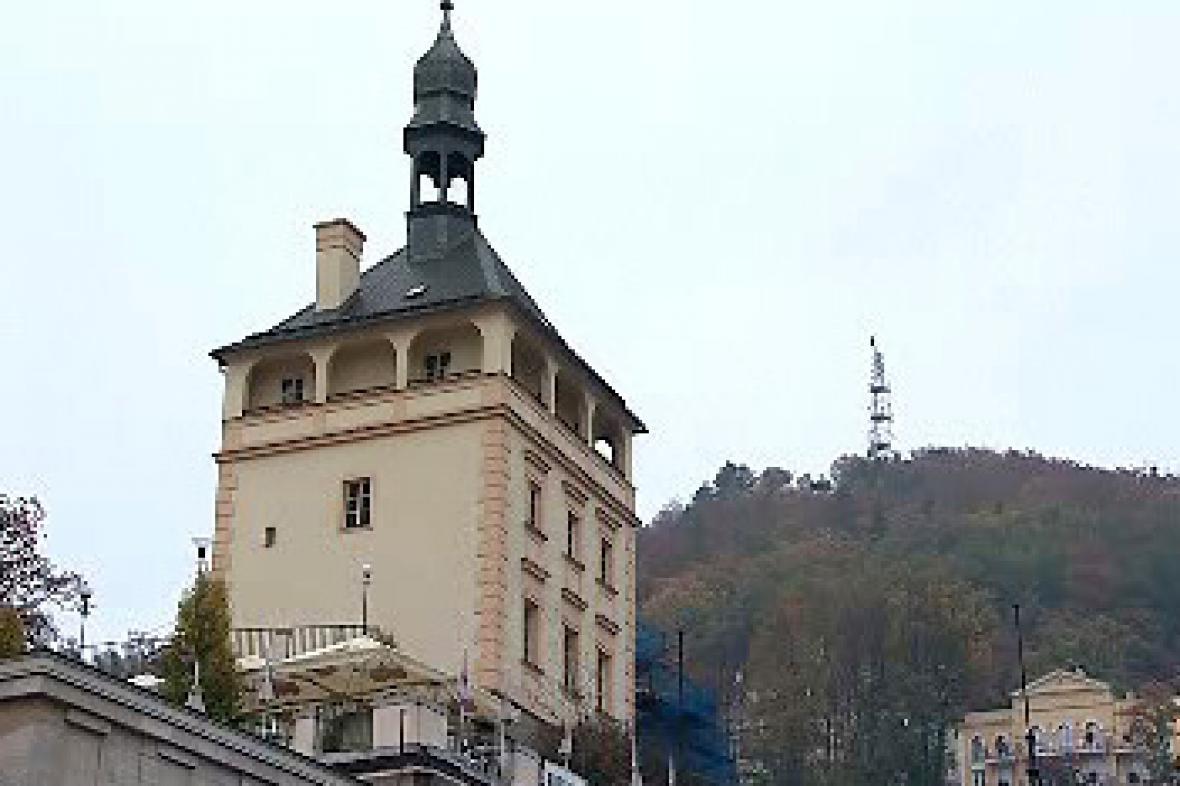 Zámecká věž Karla IV.
