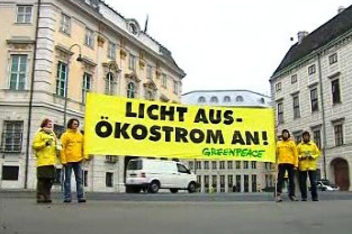 Protestující rakouští Greenpeace