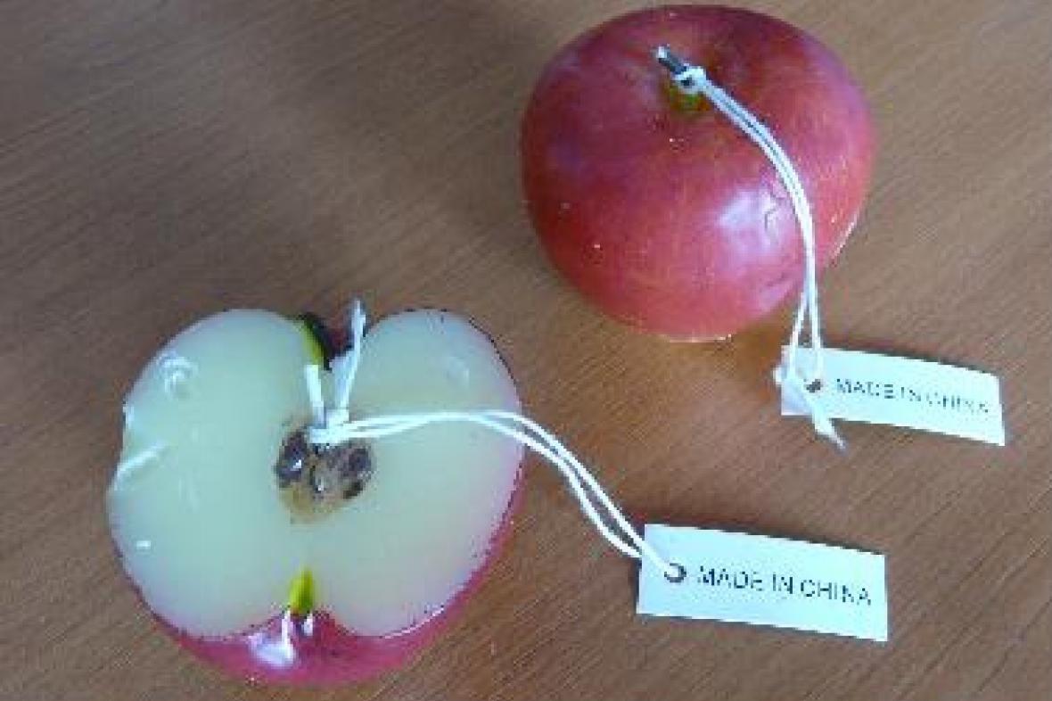 Svíčky ve tvaru jablka
