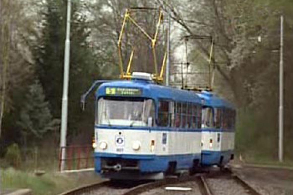 Tramvaje opět jezdí na jednokolejce v Ostravě