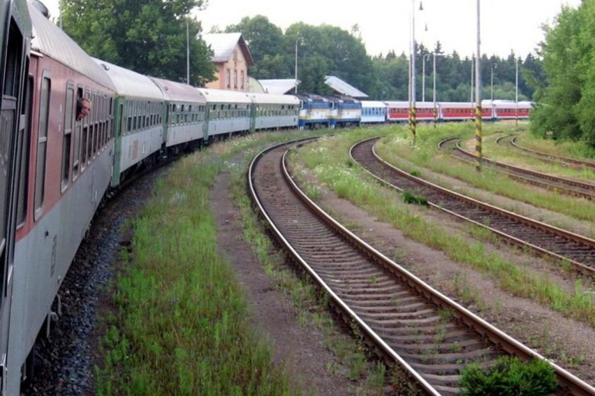 Vlak Českých drah s vozem BRm