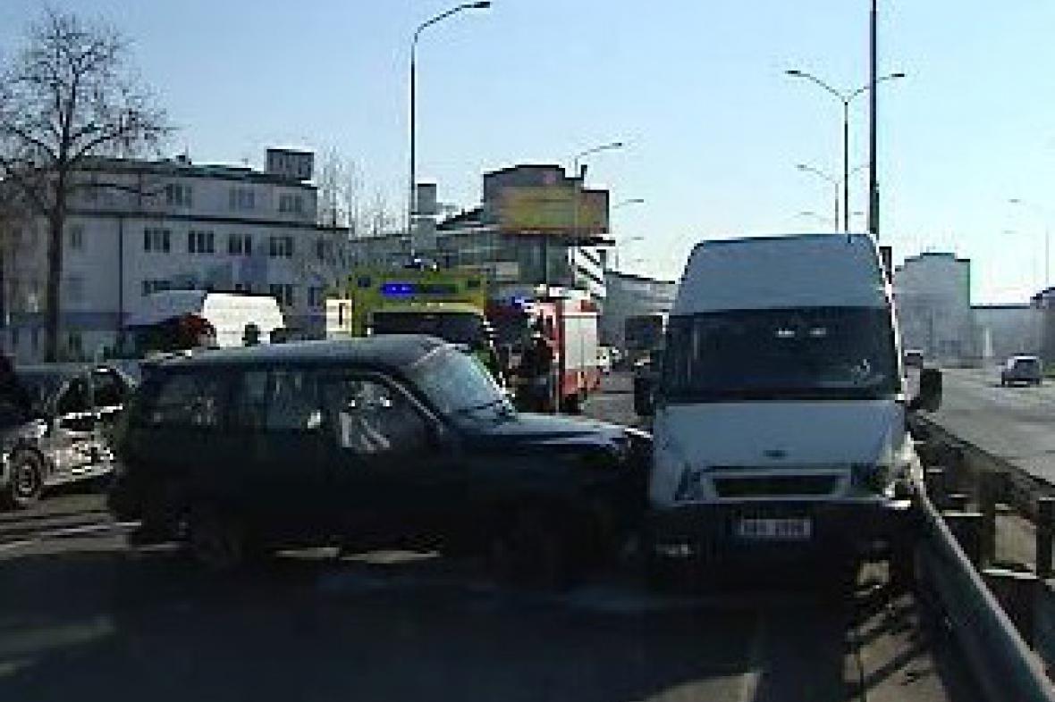 Nehoda, auto