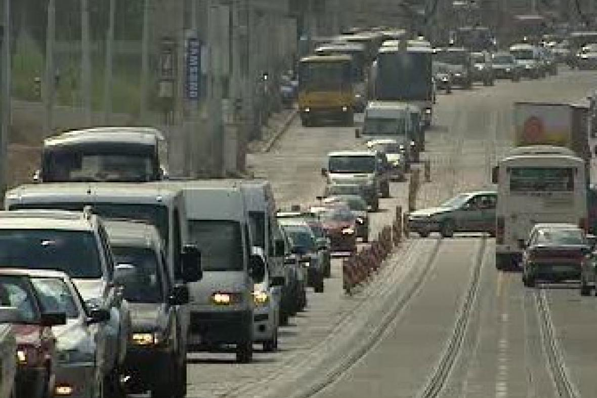 Dopravní kolaps na Letné