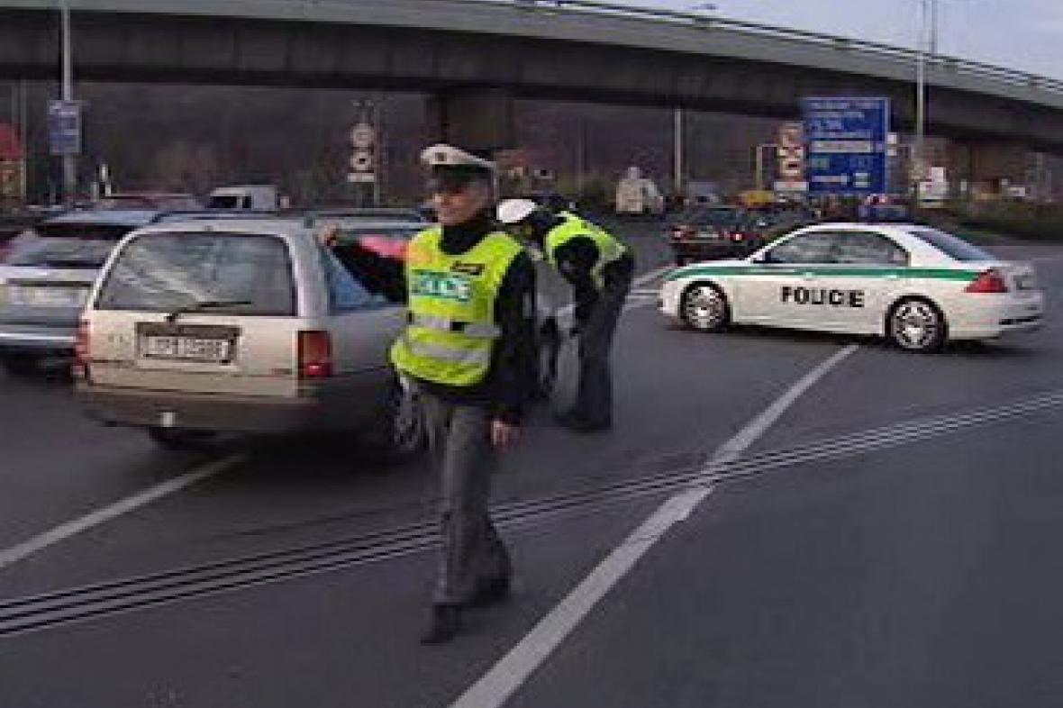 Nehoda u Barrandovského mostu