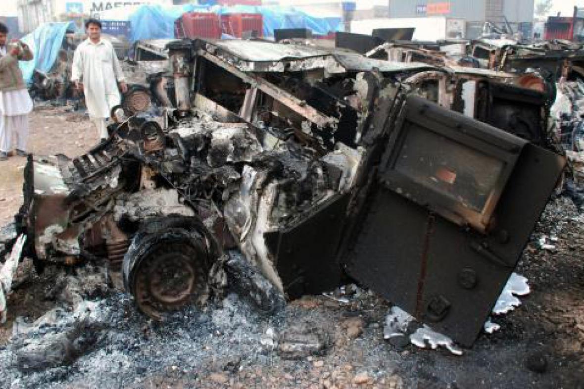 Zničený Humvee