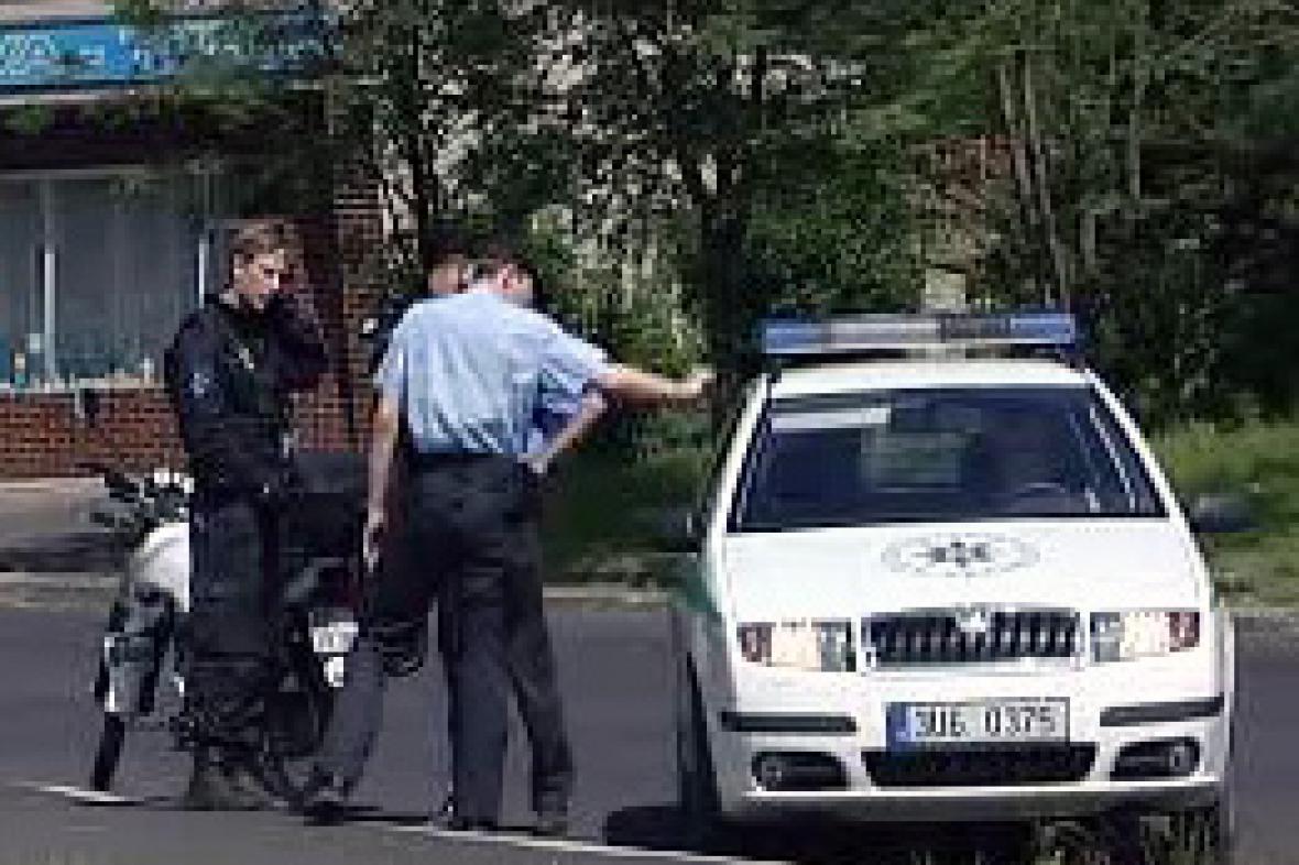 Policie v Janově