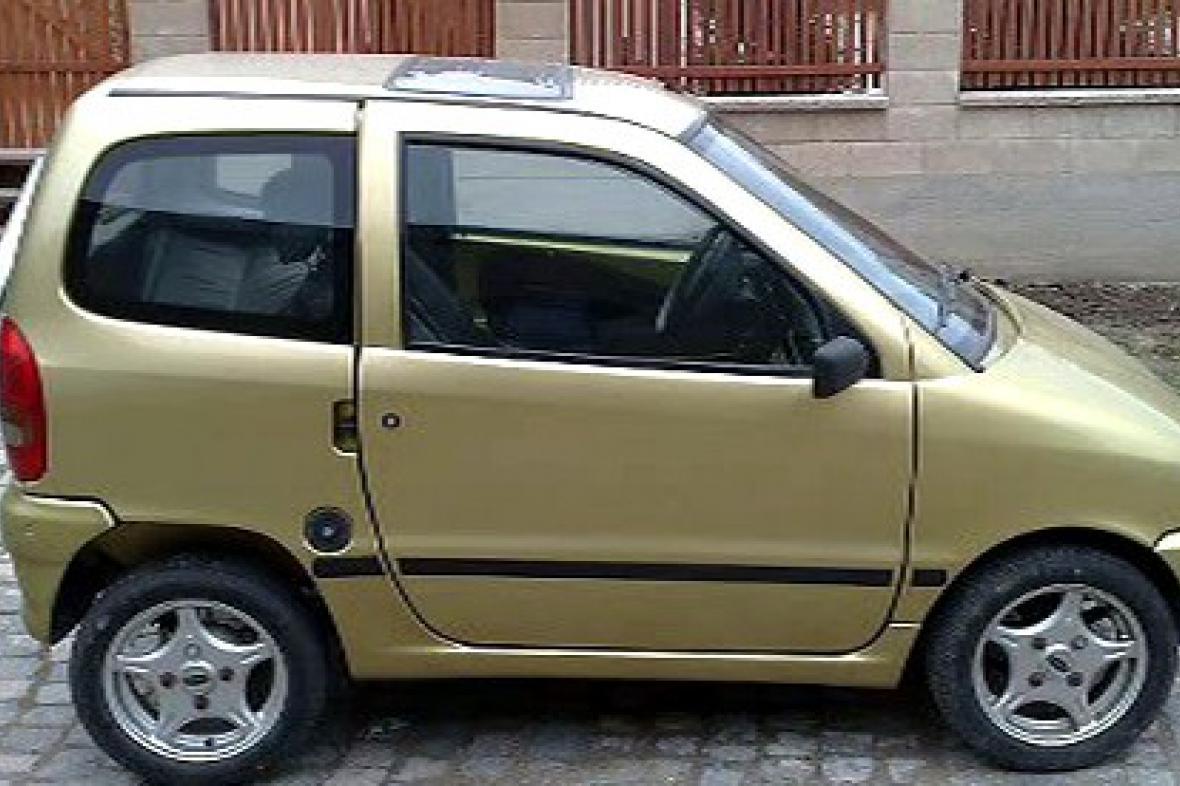 Auto s malým motorem