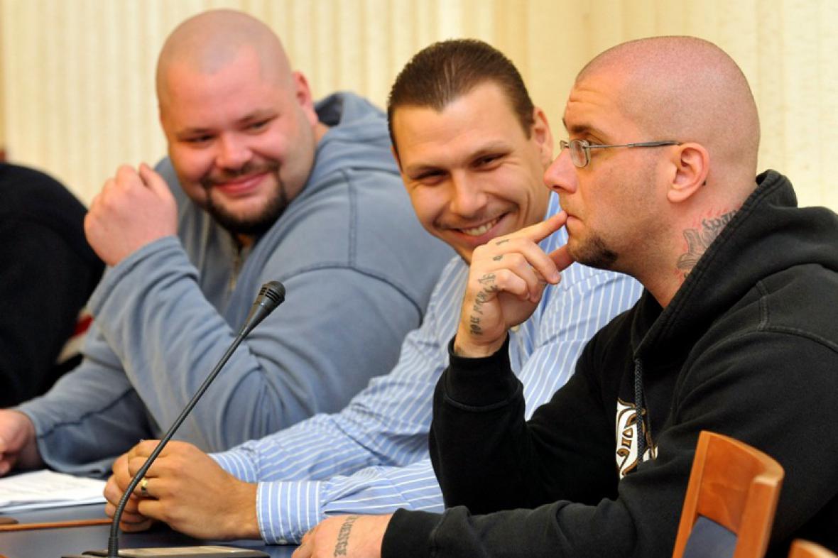 Příznivci Národního odporu před soudem
