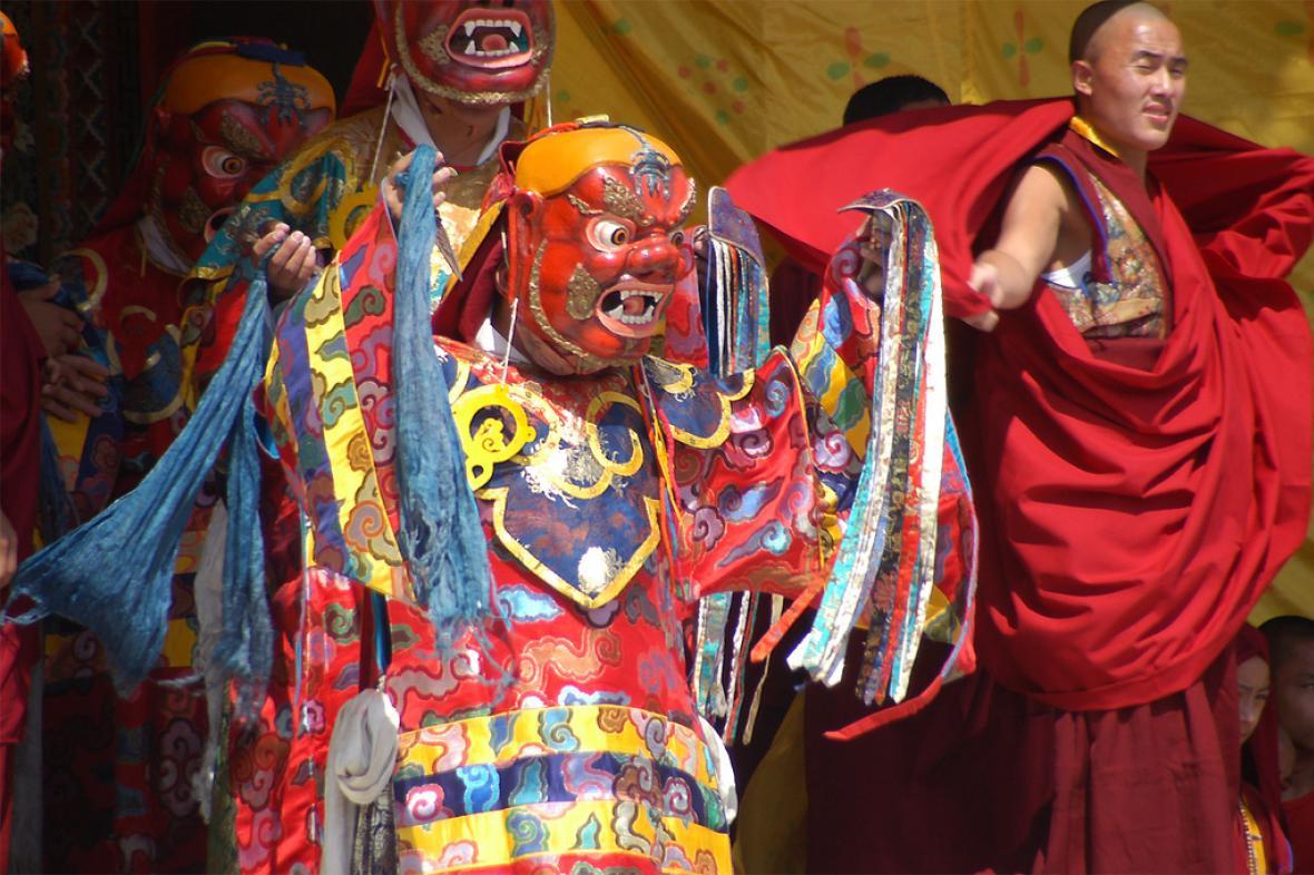 Rituální tanec tibetských mnichů